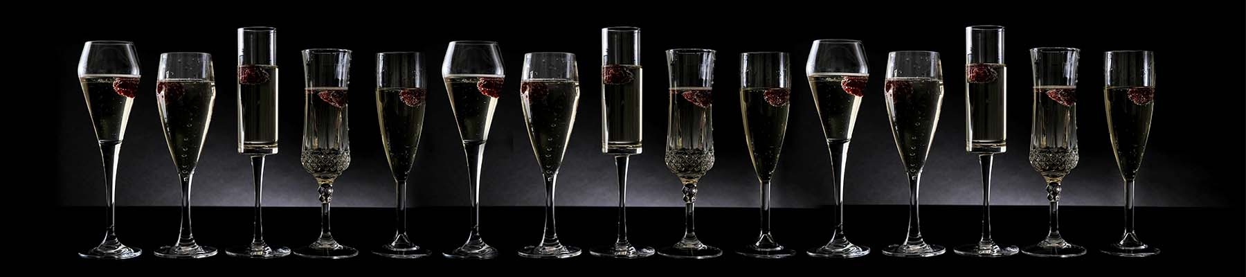 Champagne Plastic Glassware UK Delivery